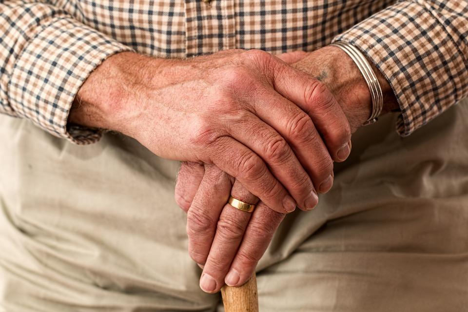 Przyszły pierwsze wcześniejsze emerytury. Różnica wynosi 1300 zł!