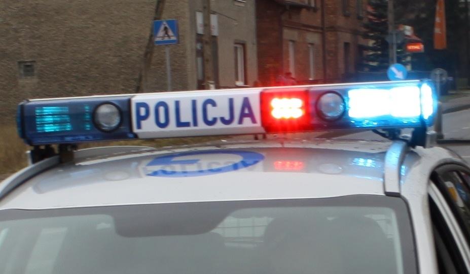 Strzelanina pod Warszawą. Policja szuka napastnika