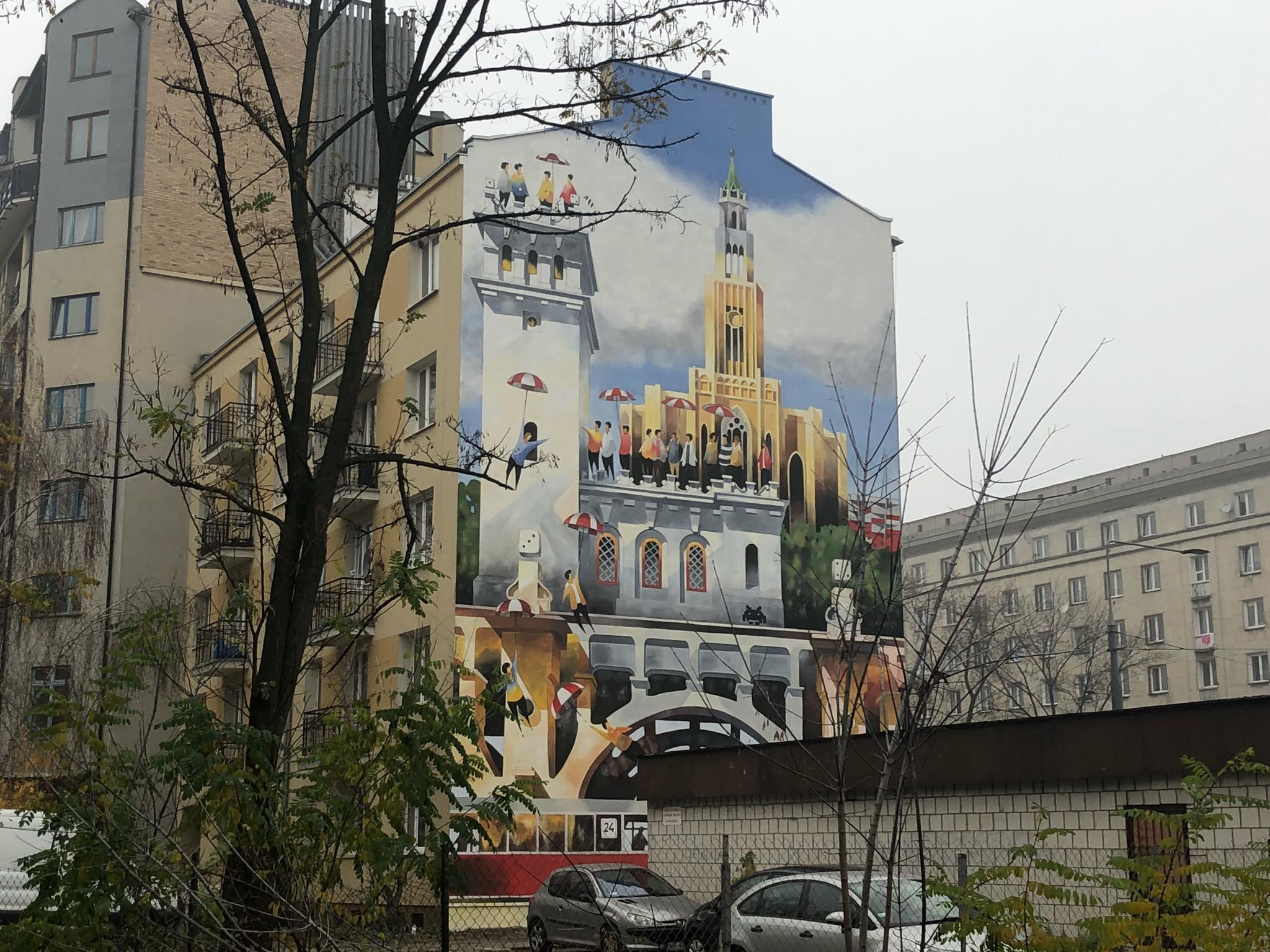 """Urząd rozda 100 parasolek podczas """"przekazania"""" mieszkańcom muralu. Będzie bitwa o parasolki?"""