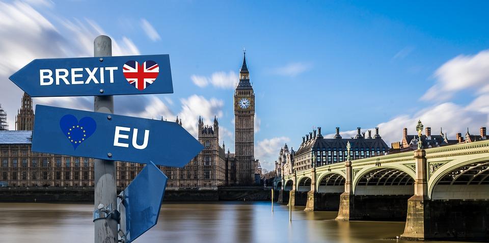 Wyciekł tajny dokument o Brexicie. Wielka Brytania robi ogromne zapasy!