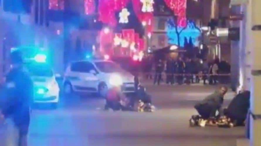Atak na jarmark bożonarodzeniowy to zamach! 2 osoby nie żyją, 11 rannych