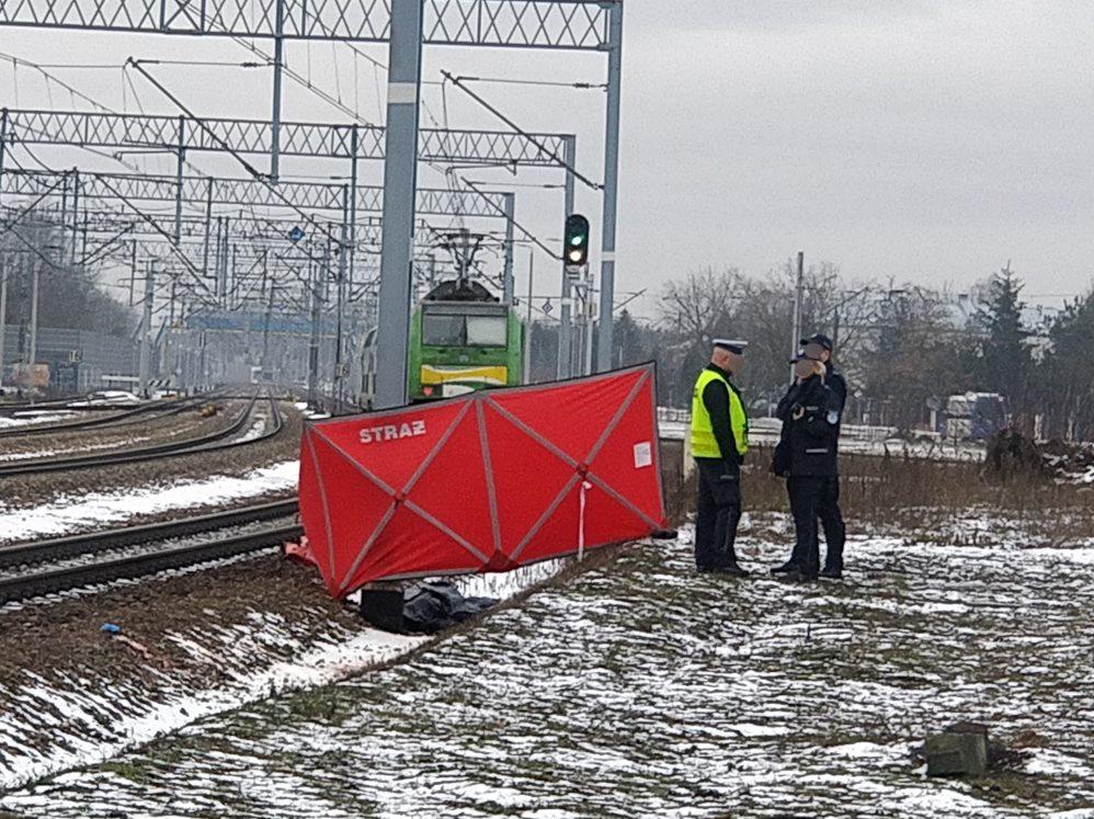 Legionowo: Śmiertelny wypadek na przejeździe kolejowym. Prokurator na miejscu