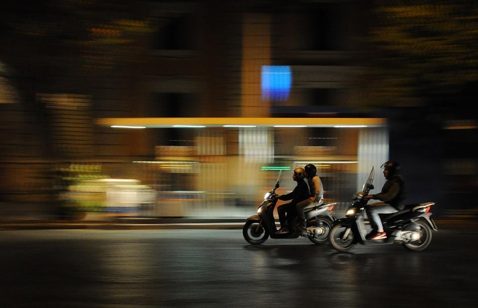 Pruszków: Kierował skuterem mając 2,5 promila