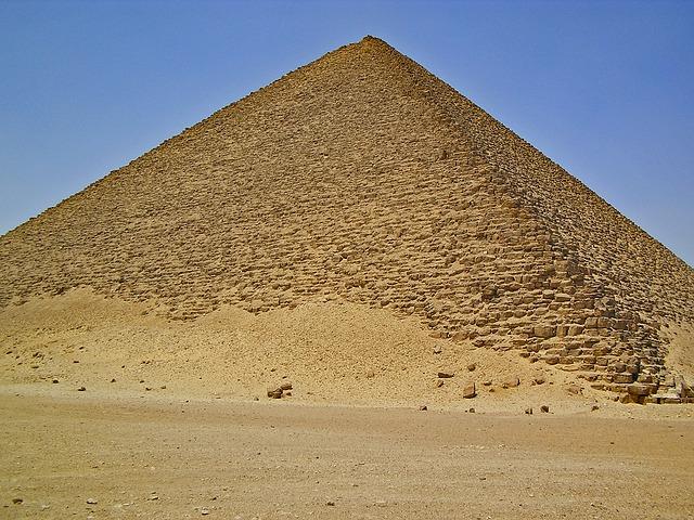 Słynna piramida egipska została otwarta dla turystów