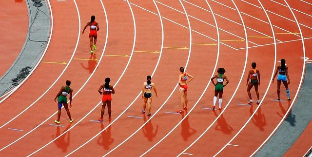 Biegaczka pomyliła sporty – próbowała przemycić 50 kg narkotyków