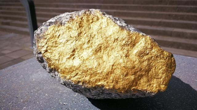 Emeryt stał się bogaczem. Znalazł dwukilogramowy samorodek złota