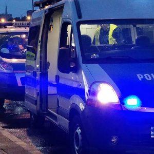 Jazdę z Gdańska do Warszawy skradzionym autem zakończyli zatrzymani przez policjantów. Mieli ponad 2 promile