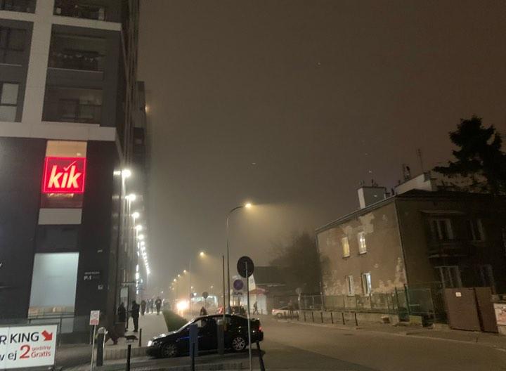 Uwaga! IMGW ostrzega przed gęstą mgłą. Zachowajcie ostrożność