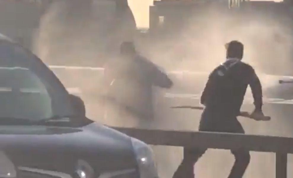 Polak bohaterem! Z kłem narwala ruszył na terrorystę, który zabił dwie osoby w Londynie! [WIDEO]
