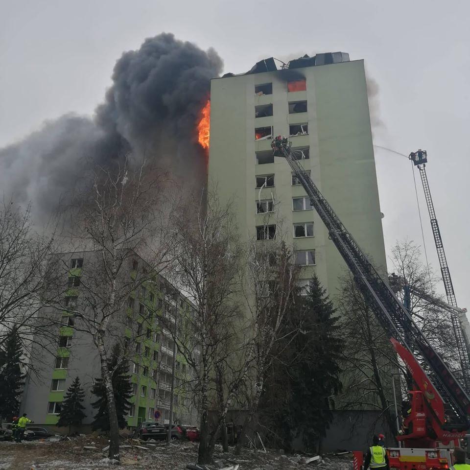 Potężny wybuch gazu w bloku. Co najmniej 5 osób nie żyje, ponad 40 rannych. Budynek grozi zawaleniem [ZDJĘCIA]